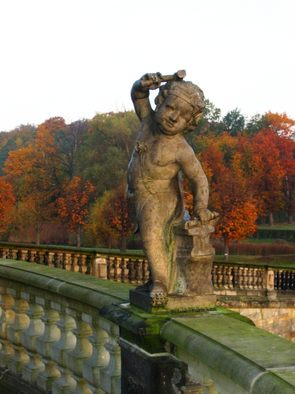 A multitude of sandstone figures adorn the balustrade of the terrace. The reflect the character of Moritzburg as a hunting and pleasure castle.